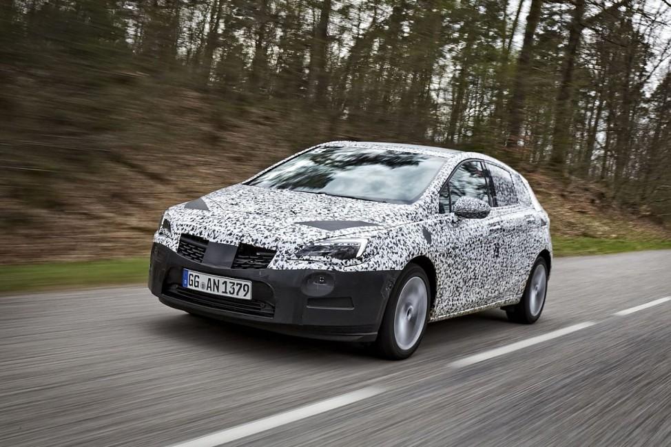 Der Erlkönig des neuen Opel Astra