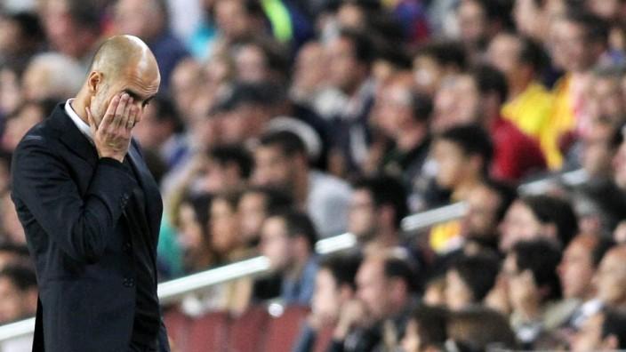 Trainer Pep Guardiola FC Bayern Muenchen FC Barcelona Barca vs FC Bayern Muenchen Fussball Champ