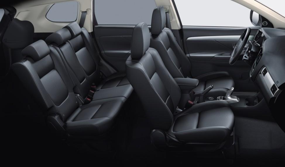 Der Innenraum des Mitsubishi Outlander Plug-In-Hybrid.