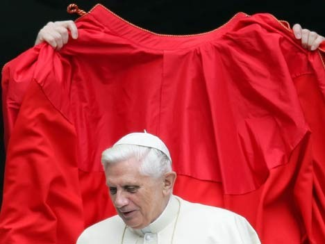 Papst, Mode