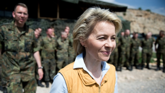 Bundesverteidigungsministerin von der Leyen in der Türkei