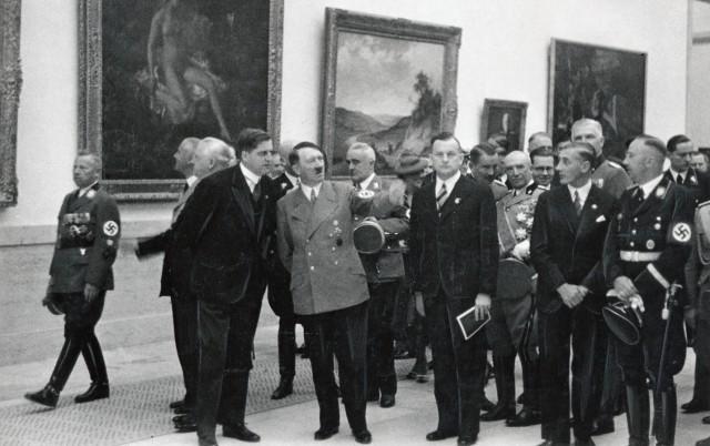 Hitler bei der Einweihung des Hauses der Deutschen Kunst, 1937