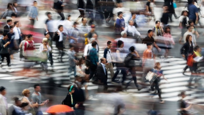 Japan's jobless rate down