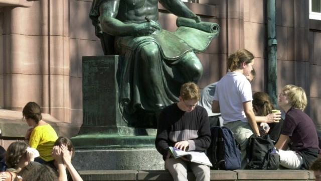 Studenten in der Sonne