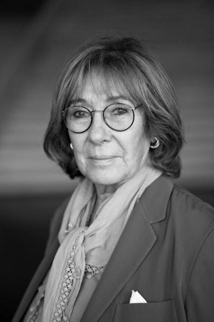 Jeanine Meerapfel; profil