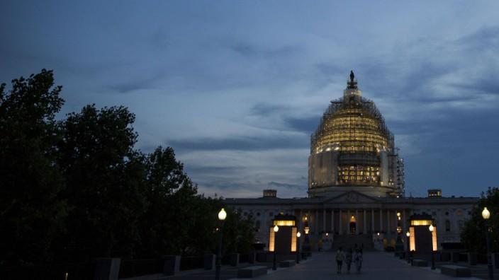 Senate Debates NSA Phone Surveillance Powers Ahead Of Patriot Act Deadline