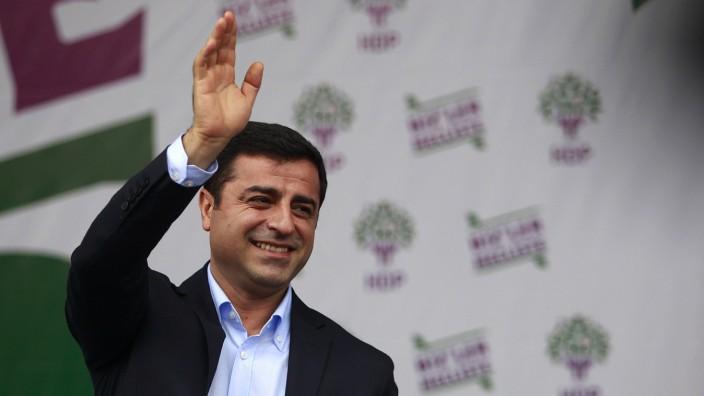 HDP-Chef Selahattin Demirtaş: Kurde, Reformer und Erdoğan-Bezwinger in der Türkei: Selahattin Demirtaş.