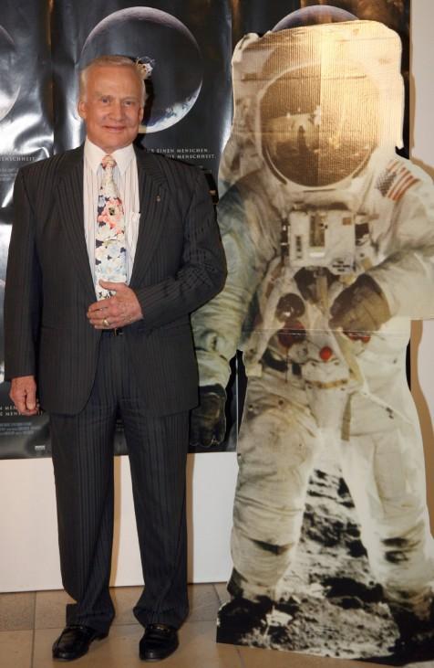 """Premiere ´Schatten des Mondes"""" - Buzz Aldrin"""