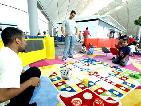 Flughafen Hong Kong, Airport Authority Hong Kong