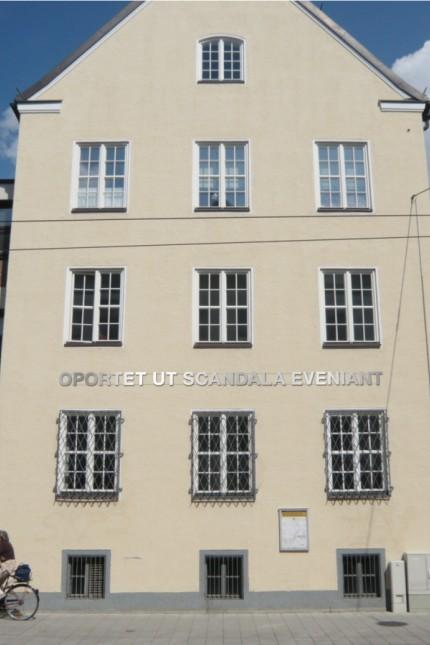stefano Giuriati temporäre Wandinstallation am pasinger Rathaus, Visualisierung