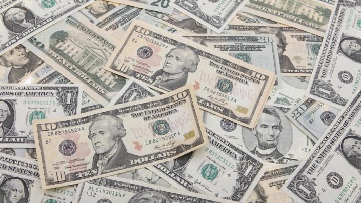 10 Dollarschein auf weiteren Dollarscheinen USA ten dollar USA BLWS184600