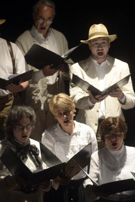 Konzert: Der Bel-Canto Kammerchor überzeugte unter Leitung von Andreas Stadler. Yuko Tajlima intonierte am Flügel Werke des Komponisten.