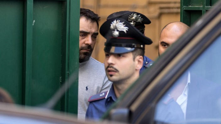 44 arrests in new chapter of Rome city mafia case