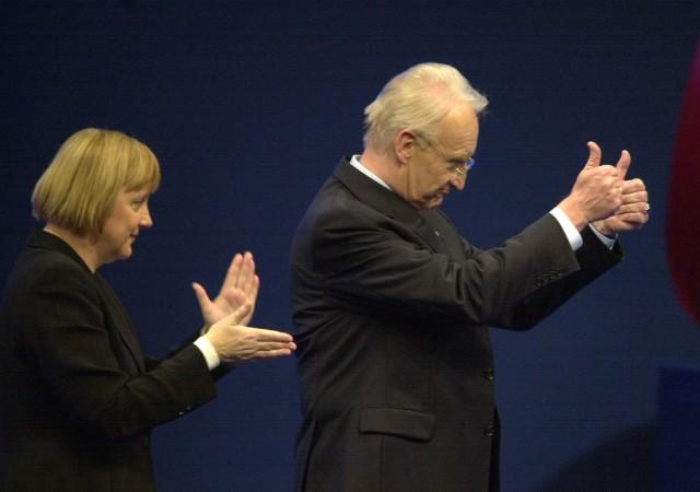 Angela Merkel und Edmund Stoiber auf dem CDU-Parteitag in Dresden, 2001