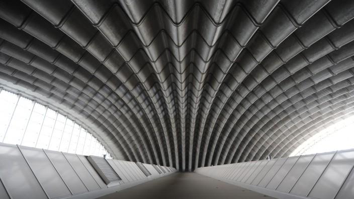 Konzertsaal-Debatte: 146 Meter Spannweite: Die Paketposthalle wurde ohne Stützen konstruiert. Bis heute gilt sie als Meisterwerk der Betonarchitektur.