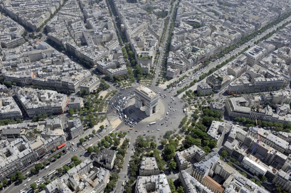 FRANCE-MONUMENTS-FEATURE; Arc de triomphe