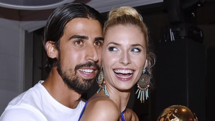"""Der Fußballer und das Model: Da war es noch eine """"Bilderbuch-Beziehung"""", wie es die Bild-Zeitung ausdrückt: Lena Gercke und Sami Khedira."""