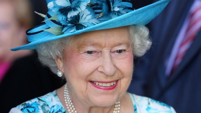 The Queen And Duke Of Edinburgh Visit Barking & Dagenham