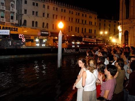 Venedig - Neue Brücke für den Canal Grande