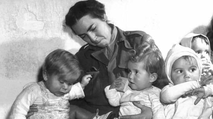 Greta Fischer: Greta Fischer kümmerte sich um viele Kinder mit einer Hingabe, wie man das eigentlich nur von Müttern kennt. (Foto: US Holocaust Memorial Museum, Washington)