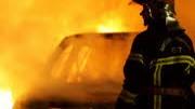 autos flammen frankreich 2007 dpa
