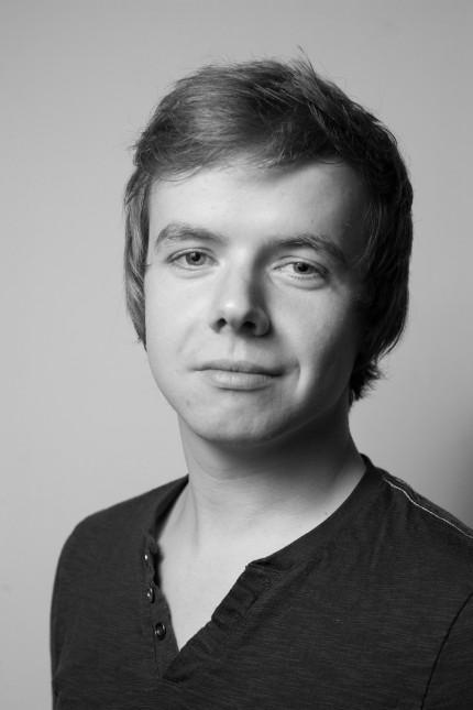 SZ-Werkstatt: Cornelius Pollmer, 1984 in Dresden geboren, arbeitet nach einem SZ-Volo wieder in der Heimat - als Korrespondent für Sachsen, Sachsen-Anhalt, Thüringen.