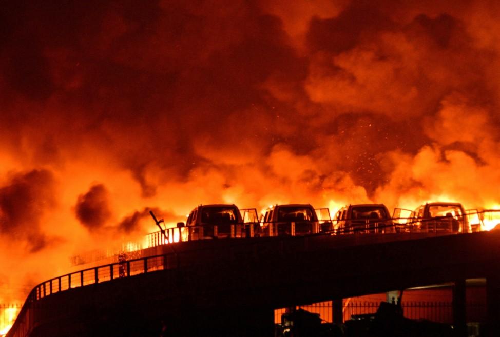 Schwere Explosionen in chinesischer Hafenstadt