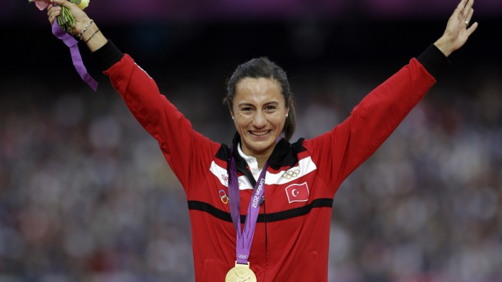 Skandal in der Leichtathletik: Asli Cakir Alptekin, Olympiasiegerin 2012, soll später von Diack erpresst worden sein.