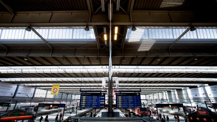 Hauptbahnhof in München, 2015