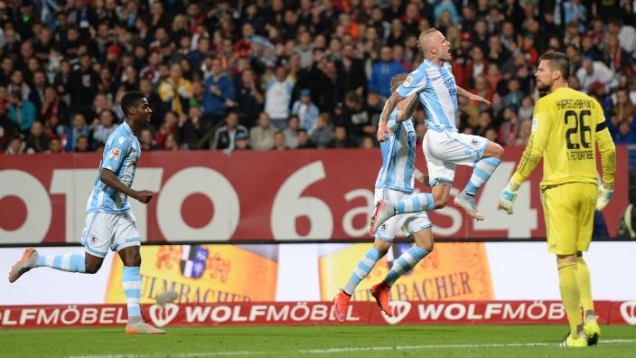 1. FC Nuernberg v TSV 1860 Muenchen  - 2. Bundesliga