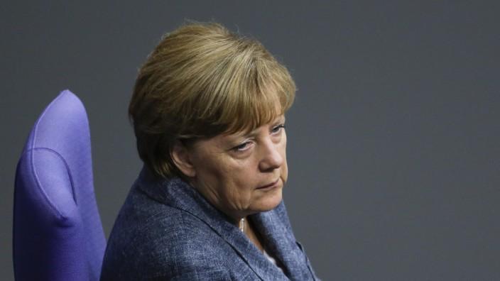Kanzlerin Angela Merkel im Bundestag
