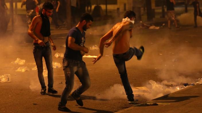 Demonstranten in Beirut