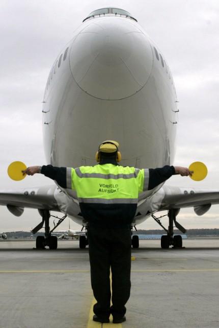 Vorfeldaufsicht am Flughafen Frankfurt