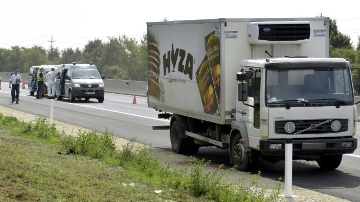 Dead refugees found in a truck in Austria