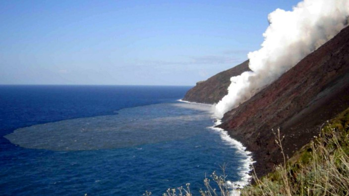 Alarm nach Ausbruch des Stromboli-Vulkans