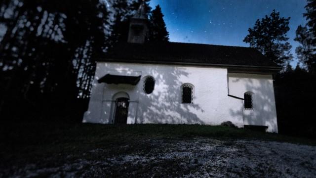 Eichendorf: HARDTKapelle / Spukkapelle / Kapelle im Wald