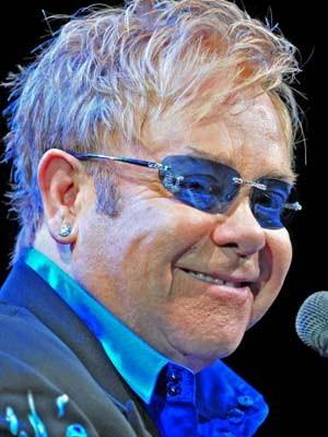 Elton John, AP