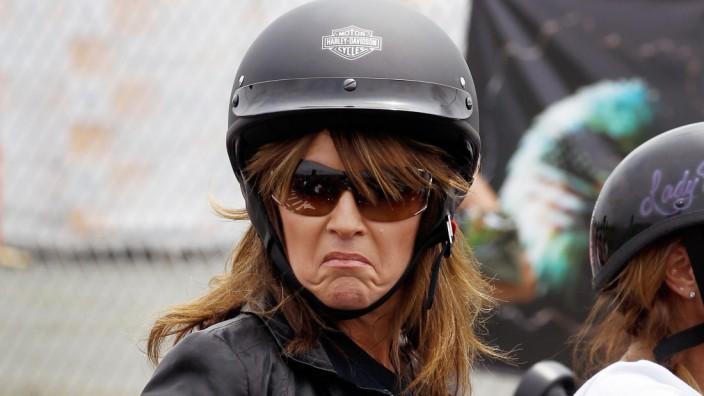 Sarah Palin Joins Rolling Thunder Rally In Washington DC