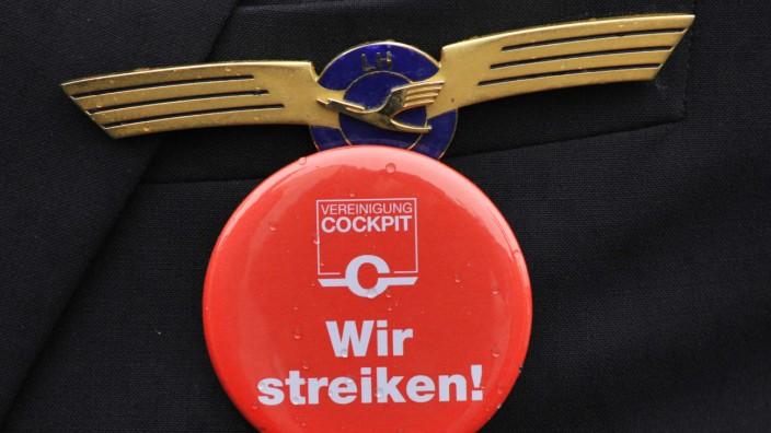 Ihr Forum: Lufthansa erwirtschaft derzeit fast keinen Gewinn mit Flügen und muss dringend wieder auf die Beine kommen.