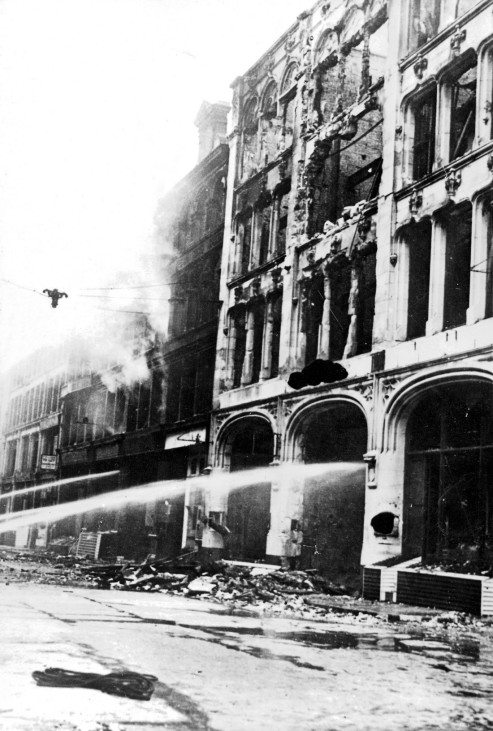 Deutsche Angriffe auf London im 2. Weltkrieg (1940), Luftschlacht um England