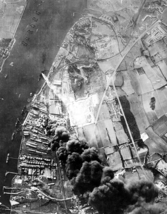 Luftaufnahme vom Londoner Hafen, 1940