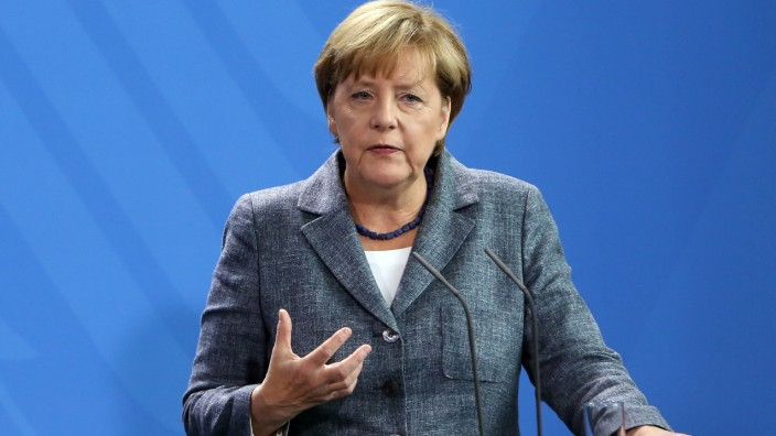 Merkel And Feymann Discuss Migrants Crisis