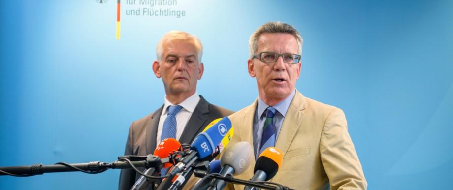 Thomas de Maiziere und Manfred Schmidt