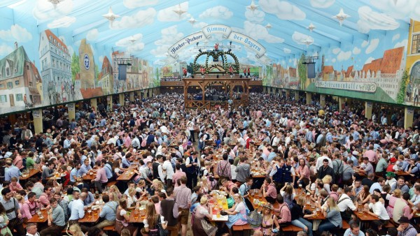 GERMANY-LIFESTYLE-BEER FESTIVAL-OKTOBERFEST