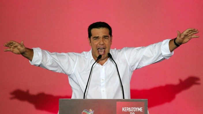 Former Greek prime minister and leader of leftist Syriza party Alexis Tsipras reacts as he arrives to deliver a speech during the final campaign rally prior to Sunday's general elections on main Syntagma square in Athens