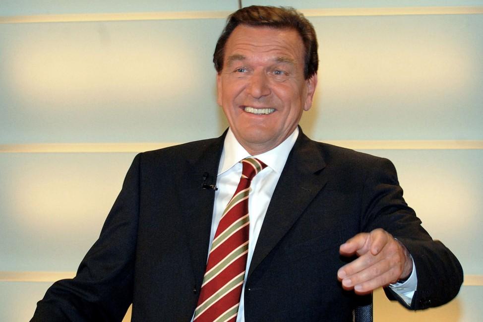 Schröder vor TV-Auftritt am Wahlabend
