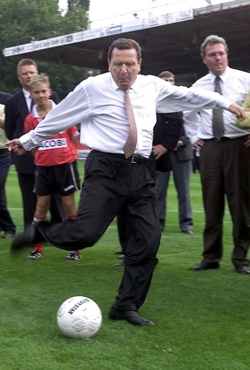 Schröders 'Kick-off'