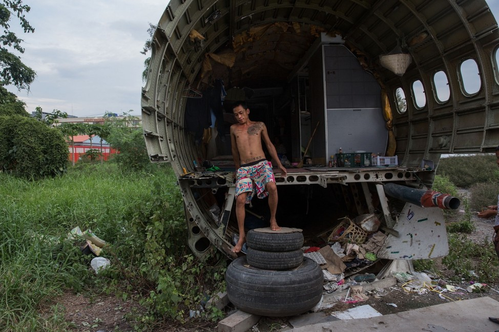 *** BESTPIX *** Airplane Graveyard Becomes Unlikely Home For Impoverished Families In Thailand