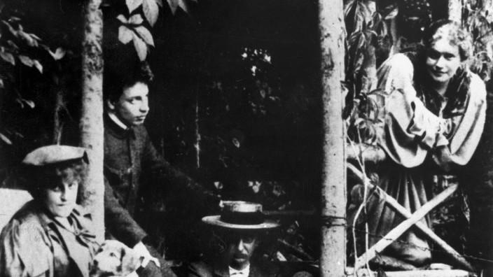 Lou Andreas-Salomé, 1897