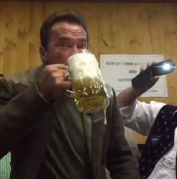 Schwarzenegger auf dem Oktoberfest